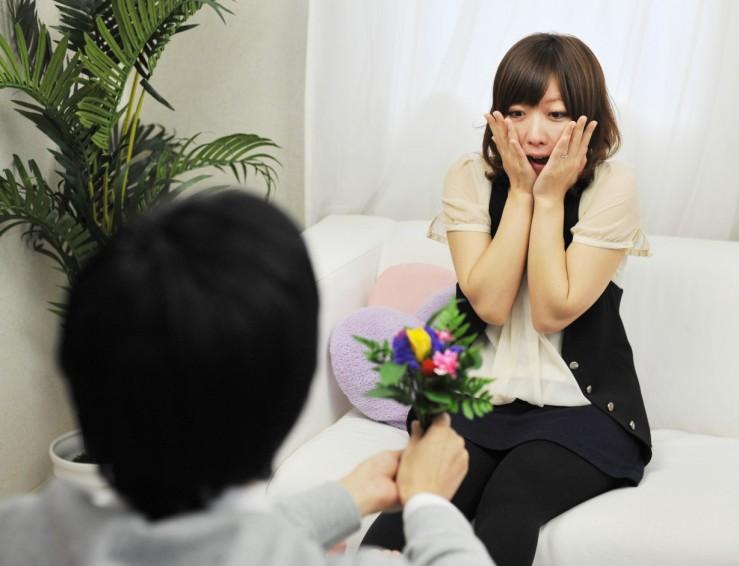 彼氏から彼女が喜ぶサプライズをするタイミング5つのポイント