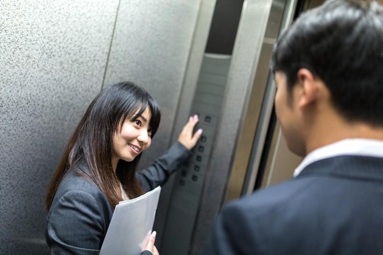 職場で恋愛関係になるきっかけ5つのポイント